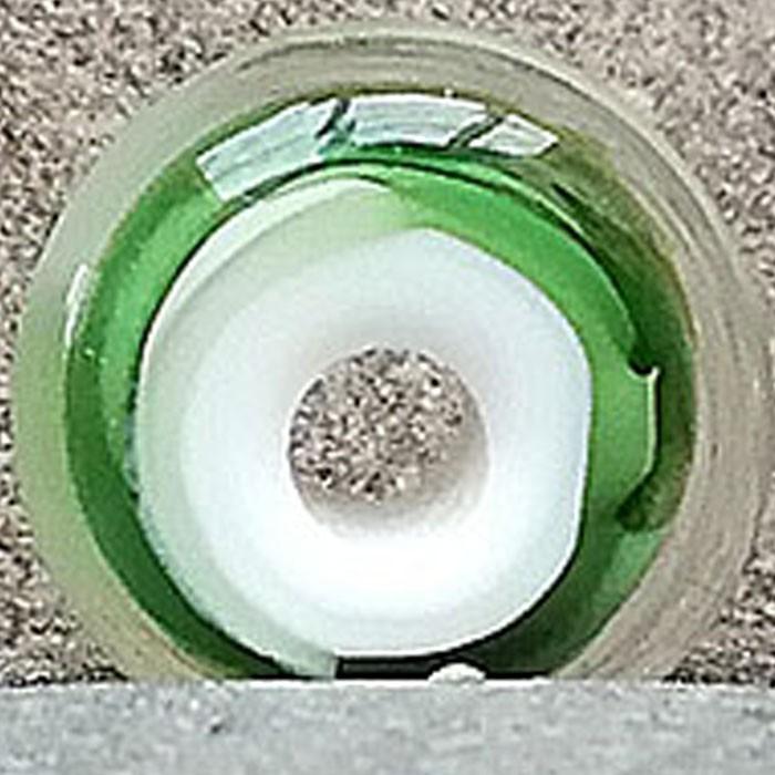 blanco con capa verde botella transparente y capa de transparente