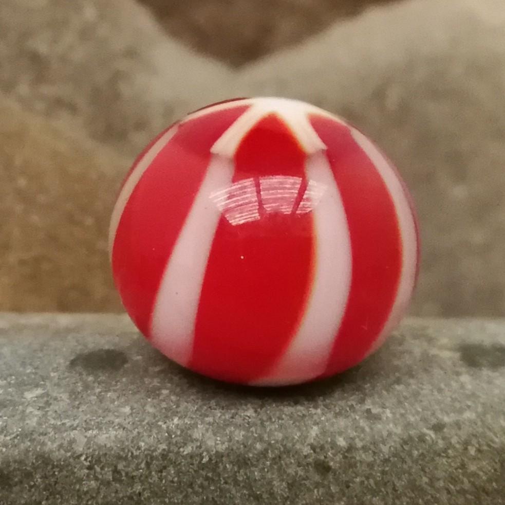 rojo con rayas asterisco blancas y capa transparente