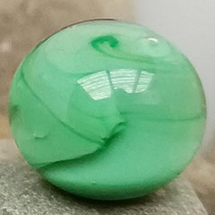 verde hierba con capa transparente envolvente