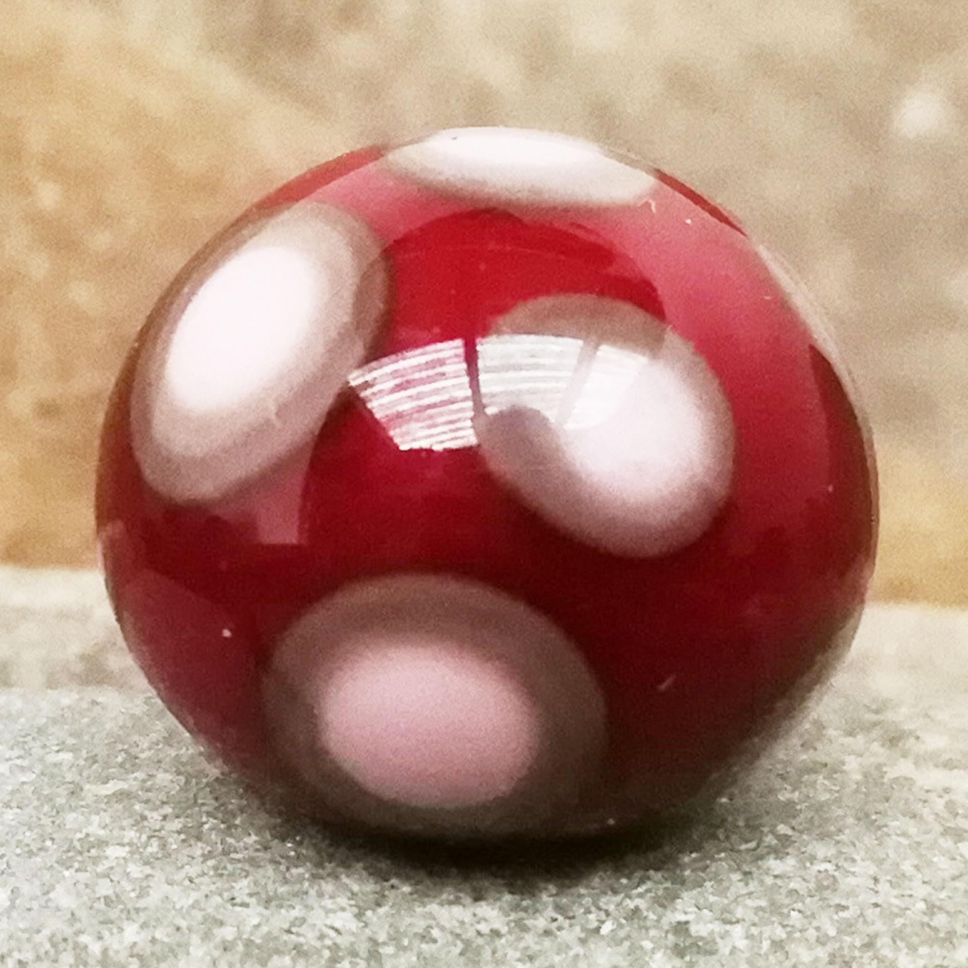 granate con lunares gris medio y puntos rosa claro