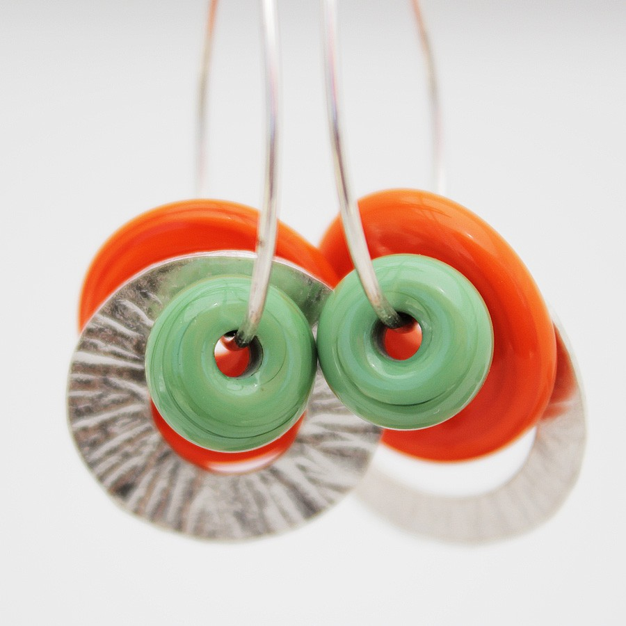 disco naranja, arandela verde, 2 aros de plata grosor medio